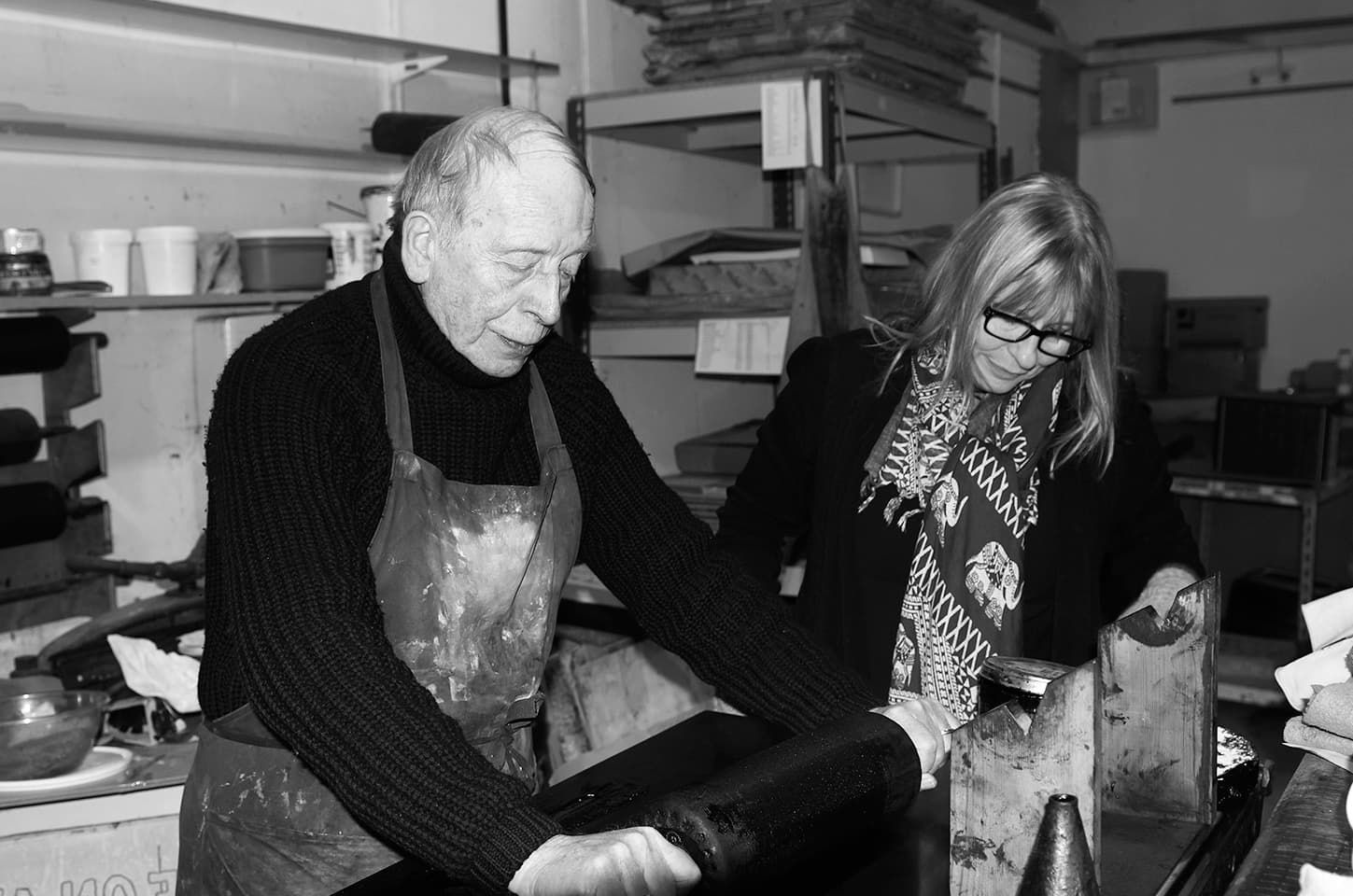 Stanley Jones and Susan Aldworth, making the CODE lithographs, Curwen Studio, Chilford Hall, Cambridge, December 2013. Photograph by Petra Stenvall.